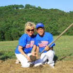 Jim-bakker-Lori-Bakker-Loris-House-Groundbreaking-2