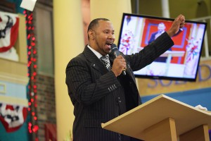 bishop-ron-webb-sermon-dont-faint-in-the-fight