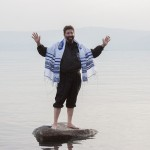 rabbi-teaching-sea-of-galilee