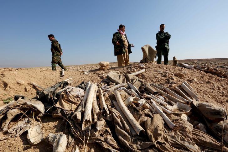 Suspected Yazidi mass grave