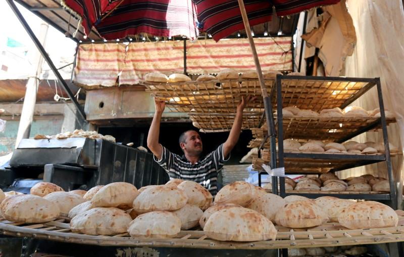 Egyptian baker in Cairo