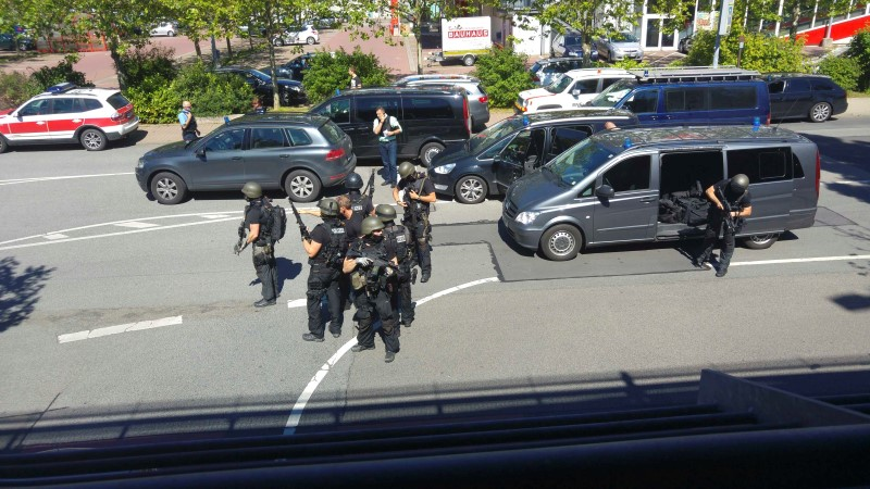 German special police during hostage situation