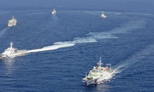 Chinese and Japanese warships