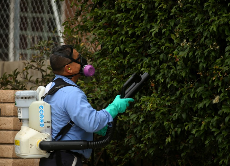 County vector sprays neighborhood for mosquitos with Zika