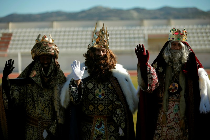 Men dressed as the three wise men