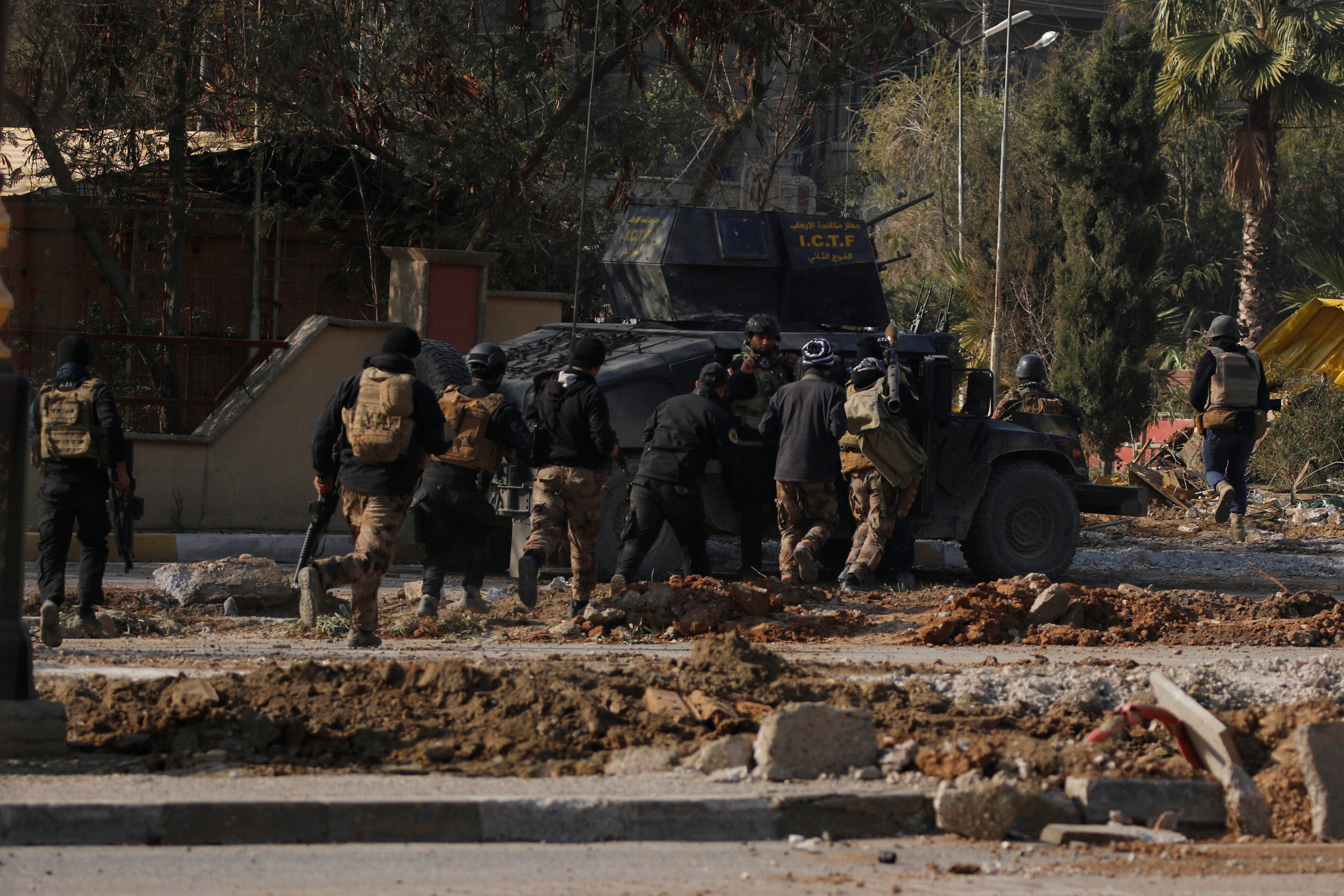 Iraq Special forces fighting militants