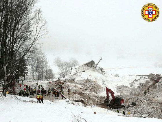 rescue workers pulling last of bodies from italy avalanche disaster