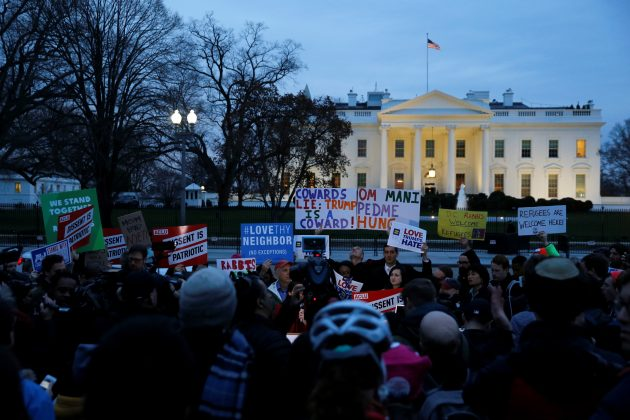Demonstrators rally against the Trump administration's new ban against travelers from six Muslim-majority nations, outside of the White House. REUTERS/Jonathan Ernst