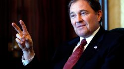 FILE PHOTO: Utah Governor Gary Herbert talks about the state's economic development in Salt Lake City, Utah January 11, 2012. REUTERS/Jim Urquhart/File Photo