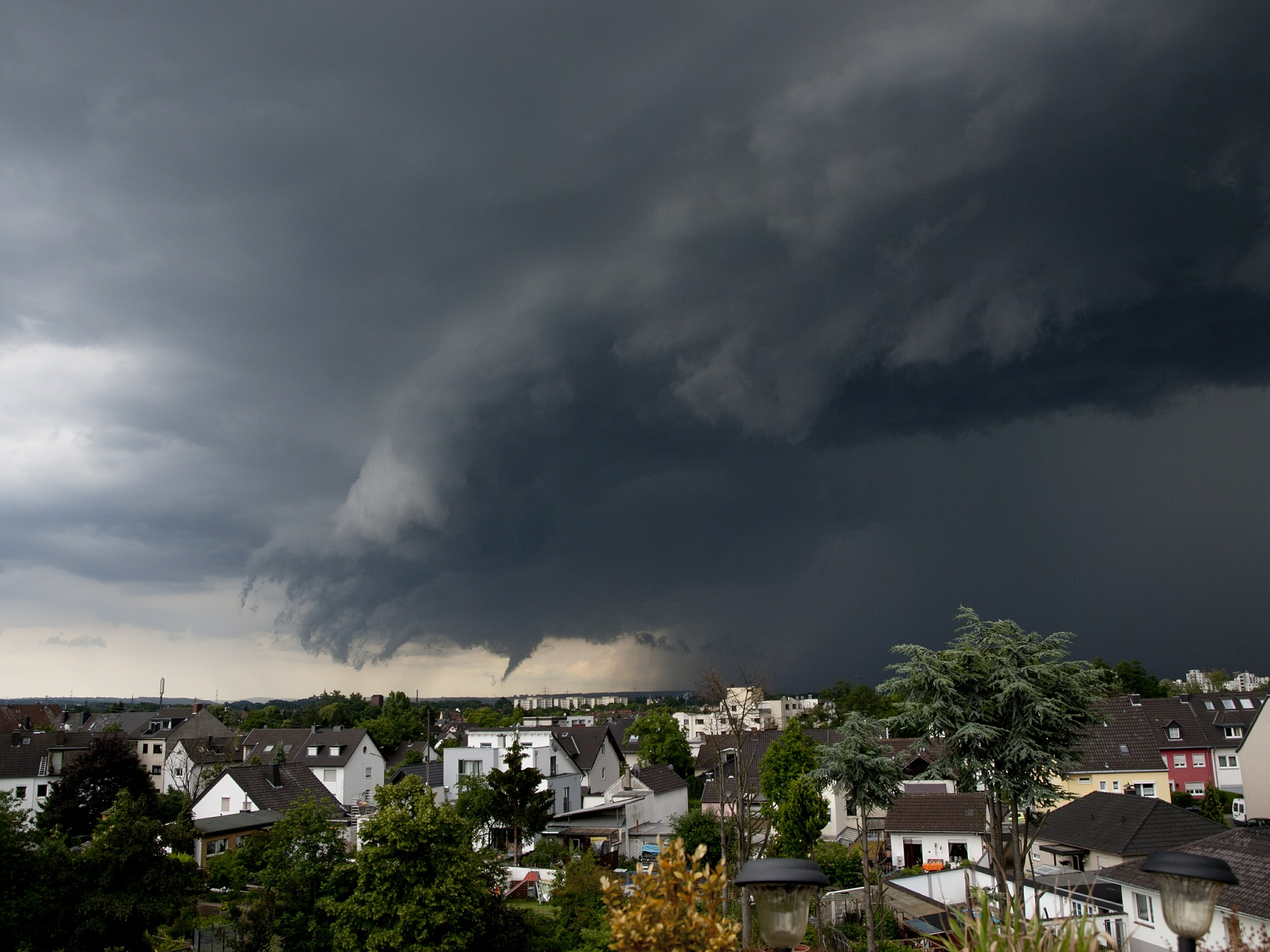 Stock photo of a thunderstorm that could produce tornadoes. Courtesy of Pixabay