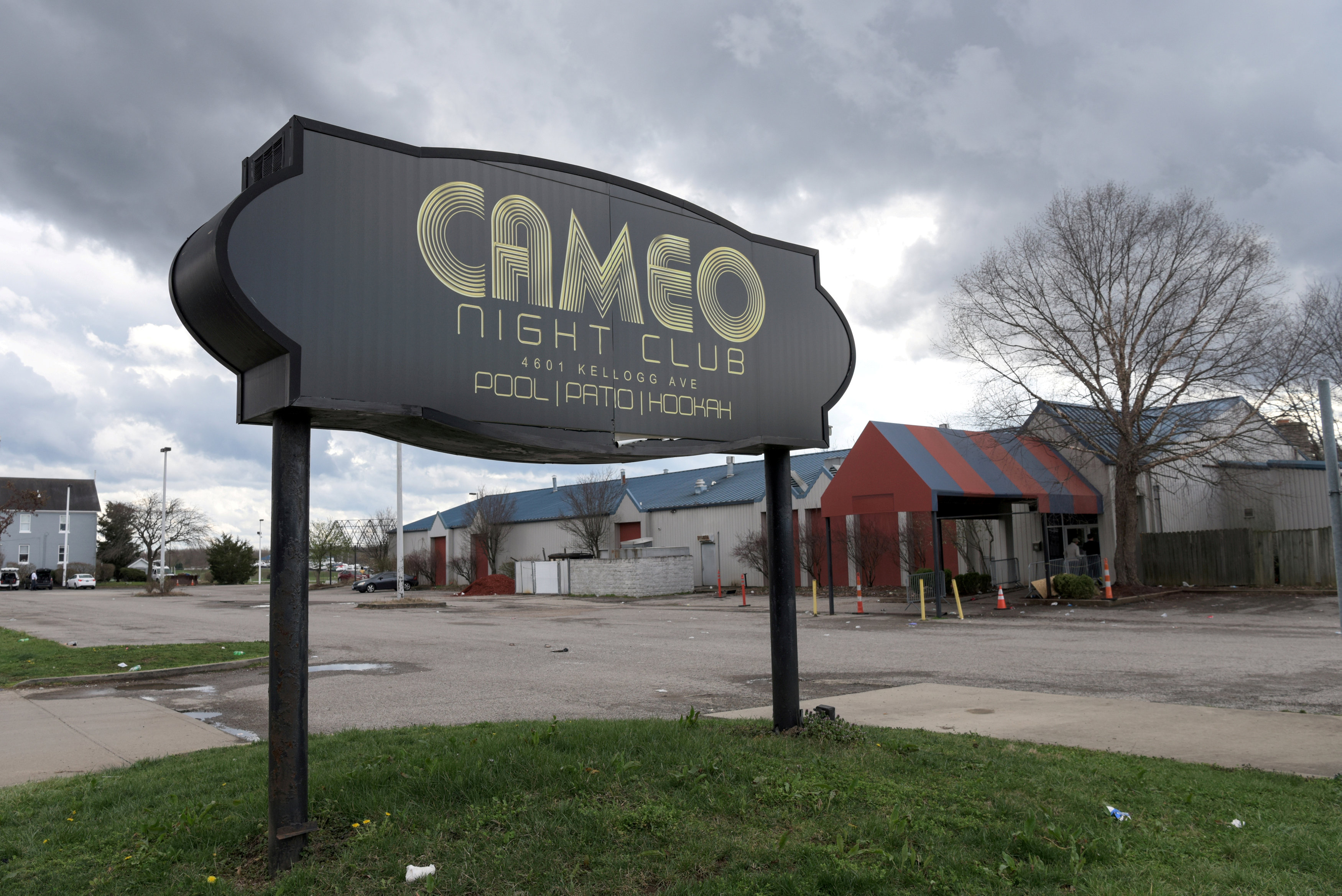 FILE PHOTO -- The parking lot of Cameo Nightlife club remains empty after police removed barrier tape from the scene of a mass shooting in Cincinnati, Ohio, U.S. March 26, 2017. REUTERS/Caleb Hughes/File Photo