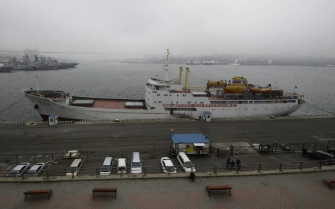 The North Korean ferry, the Mangyongbong, is docked in the port of the far eastern city of Vladivostok, Russia, May 18, 2017. REUTERS/Yuri Maltsev