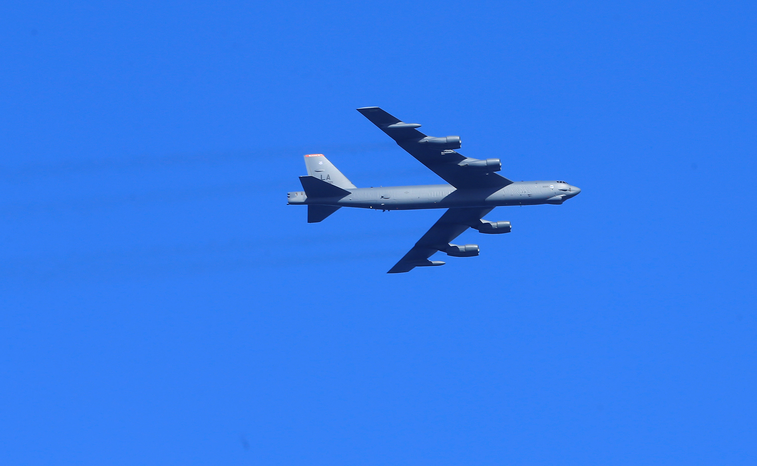 U.S. Air Force B-52 bomber flies during the annual recurring multinational, maritime-focused NATO exercise BALTOPS 2017 near Ventspils, Latvia June 6, 2017. REUTERS/Ints Kalnins