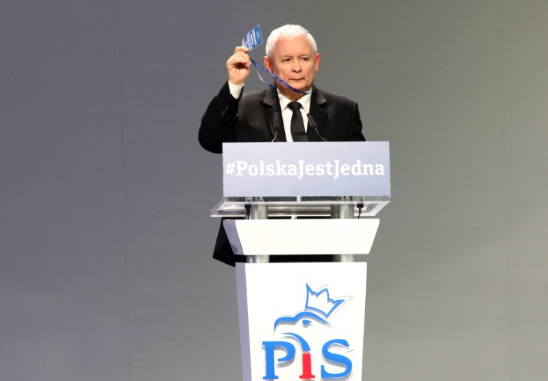 Leader of ruling party Jaroslaw Kaczynski gestures during a Law and Justice party congress in Przysucha, Poland July 1, 2017. Agencja Gazeta/Slawomir Kaminski via REUTERS