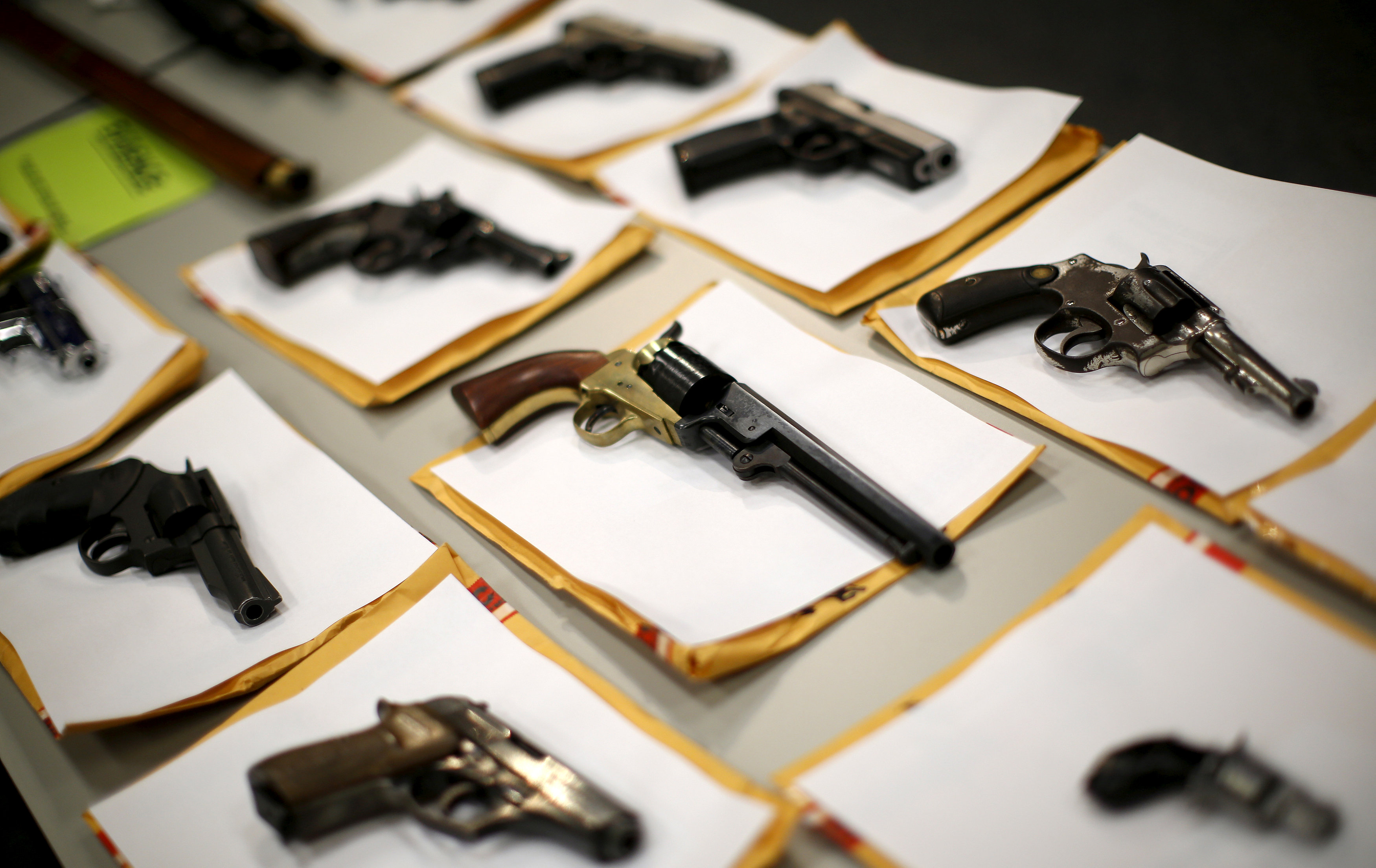 FILE PHOTO: Some of the guns seized over the last week are seen on display at the Chicago Police Department in Chicago, Illinois, United States, August 31, 2015. REUTERS/Jim Young/File Photo