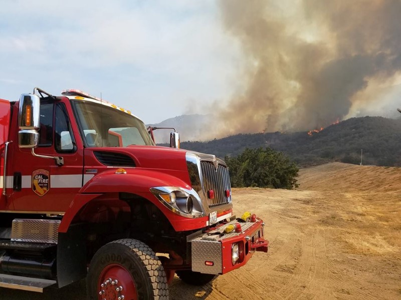 FILE PHOTO: Rose fire burns near Lake Elsinore in Western Riverside County, California, U.S. in this undated photo obtained by Reuters July 31, 2017. Riverside County Fire Department via Facebook/Handout via REUTERS.
