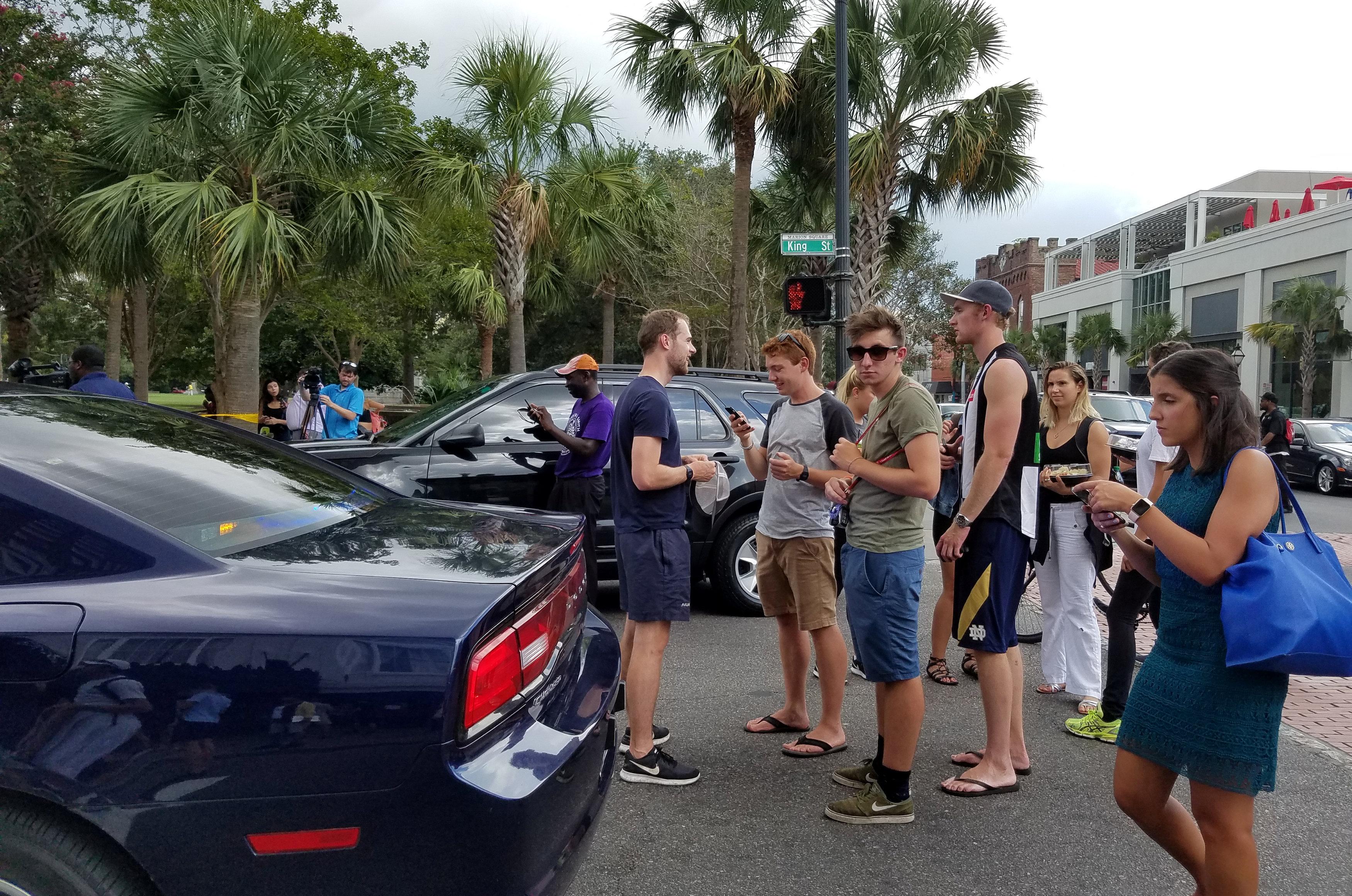 Gunman shot at Charleston, S.C., restaurant; hostage rescued