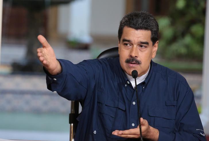 Venezuela's President Nicolas Maduro speaks during a meeting at Miraflores Palace in Caracas, Venezuela August 25, 2017. Miraflores Palace/Handout via REUTERS