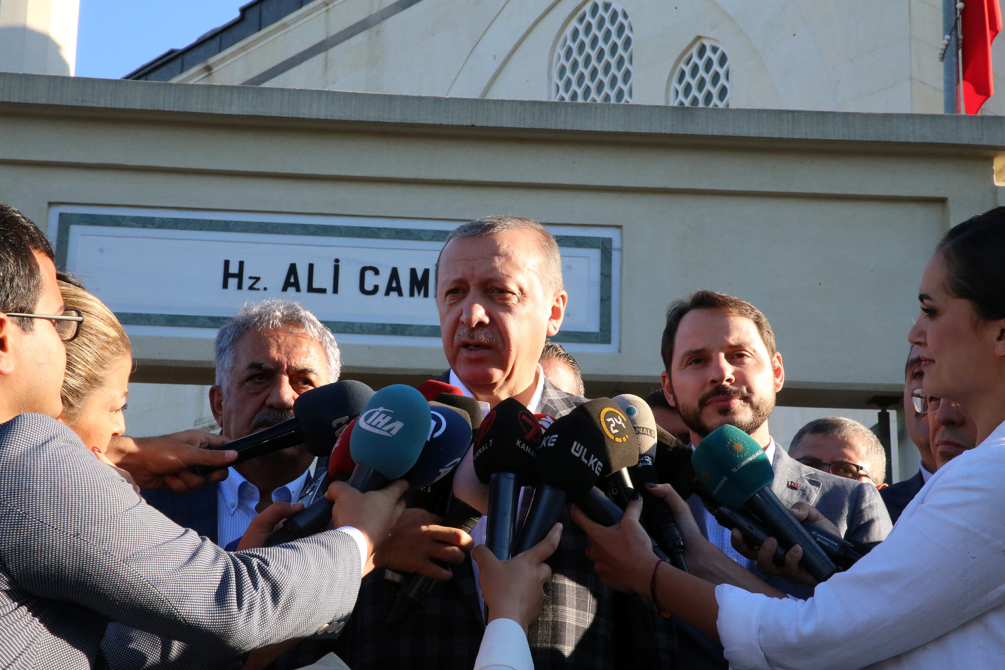 Turkish President Tayyip Erdogan talks to media after prayers for the Muslim Eid al-Adha celebration in Istanbul, Turkey September 1, 2017. Murat Cetinmuhurdar/Presidential Palace/Handout via REUTERS