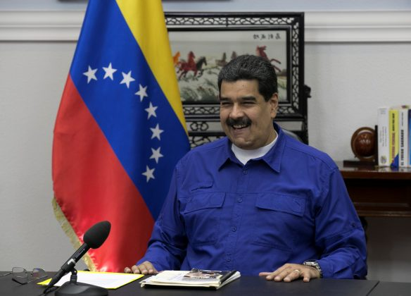 Venezuela's President Nicolas Maduro speaks during a meeting with ministers at Miraflores Palace in Caracas, Venezuela September 12, 2017. Miraflores Palace/Handout via REUTERS