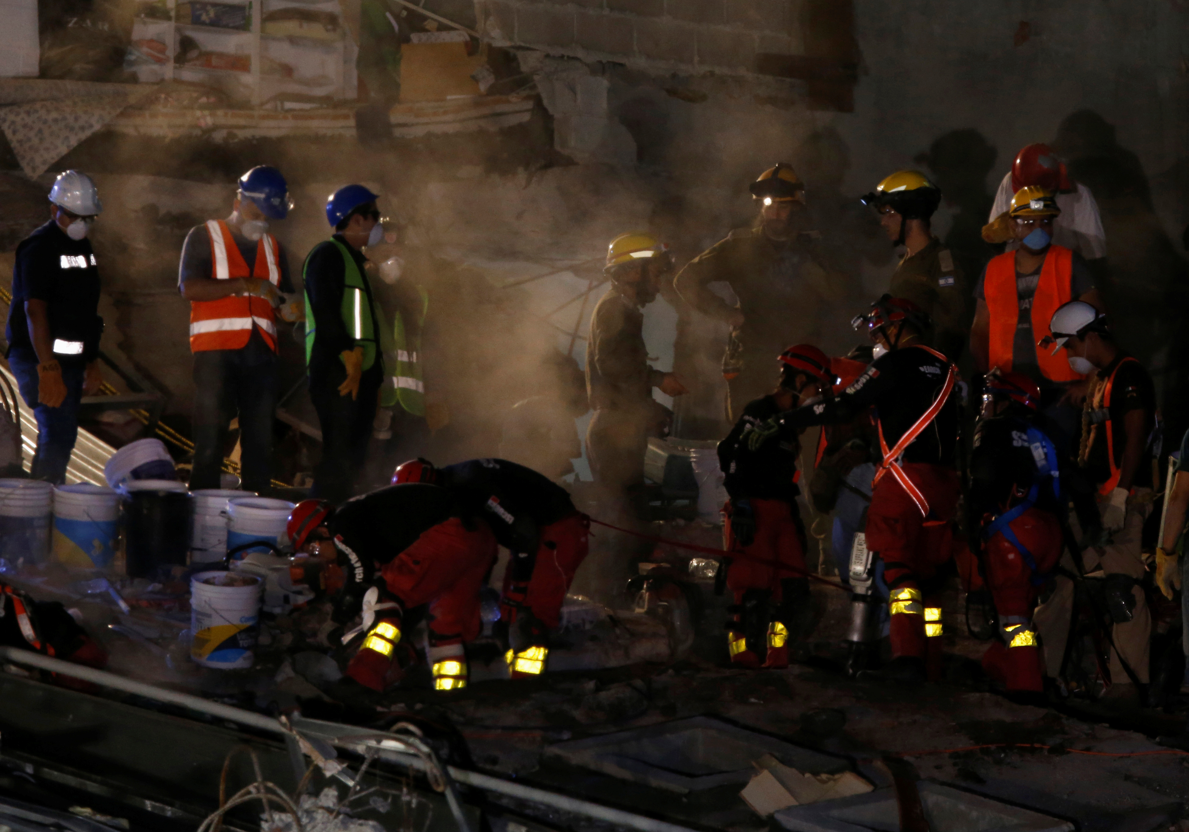 In Mexico, frantic rescuers keep up search for quake survivors