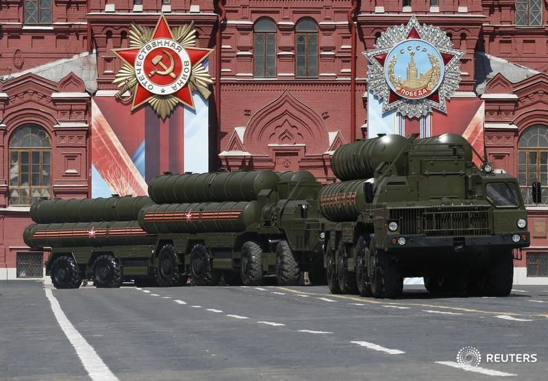Russian S-400 Triumph medium-range and long-range surface-to-air missile systems drive during the Victory Day parade, marking the 71st anniversary of the victory over Nazi Germany in World War Two, at Red Square in Moscow, Russia, May 9, 2016.