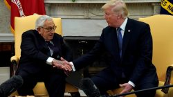 U.S. President Donald Trump meets with former U.S. Secretary of State Henry Kissinger in the Oval Office of the White House in Washington, U.S., October 10, 2017. REUTERS/Kevin Lamarque