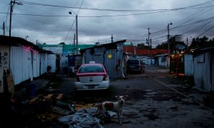In Mexican slum, a decades-long wait for quake relief