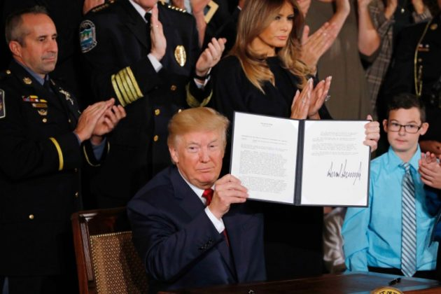 Trump declares opioids a U.S. public health emergency