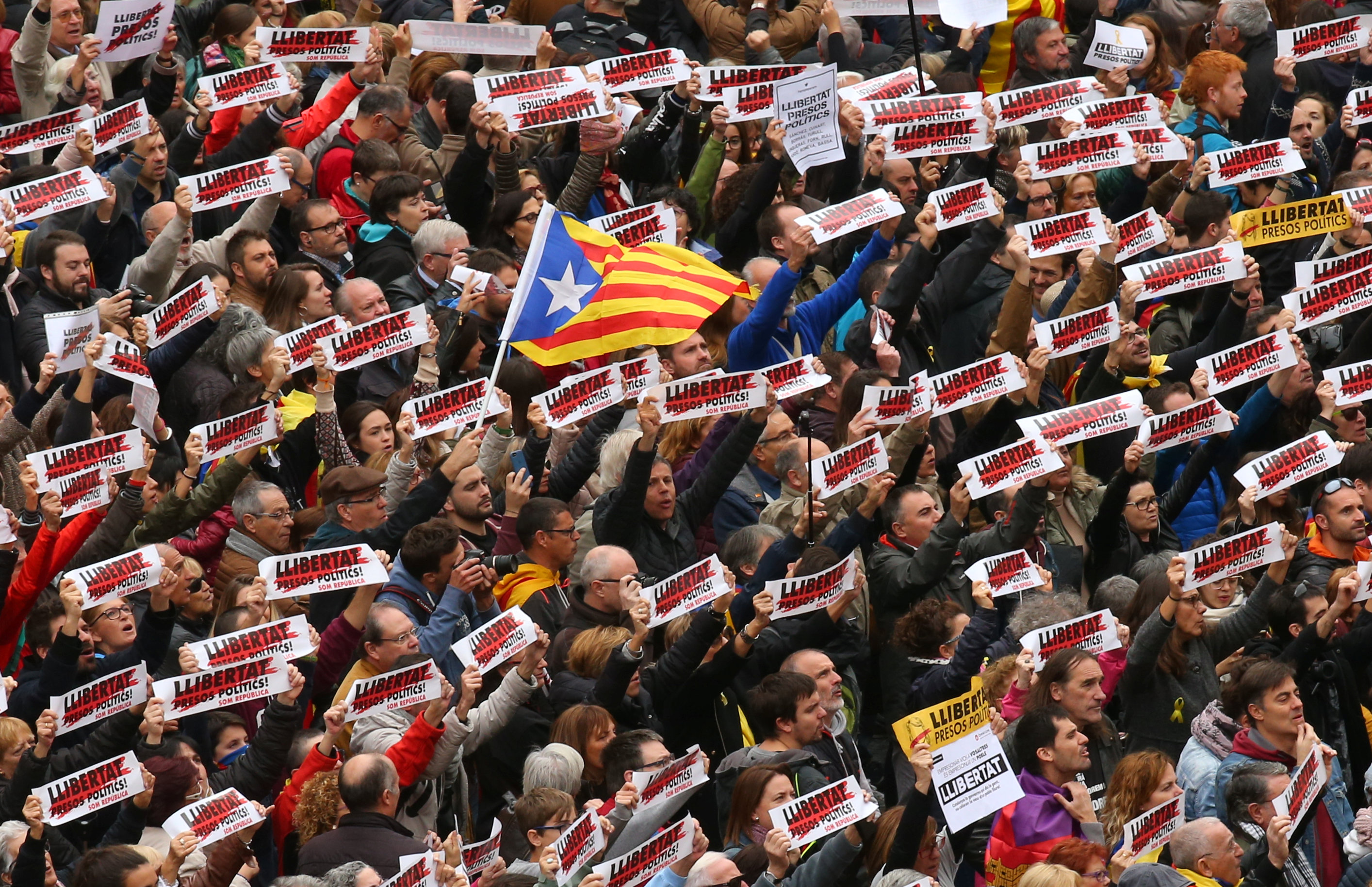 Catalan strike severs road links as secessionist leaders regroup