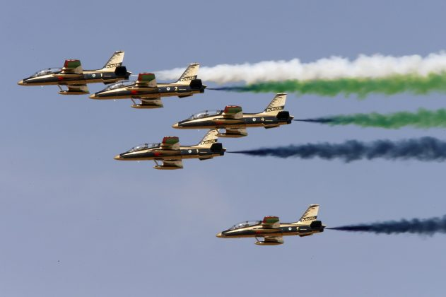 Al Fursan, the UAE Air Force performs during Dubai Airshow November 8, 2015. REUTERS/Ahmed Jadallah/File Photo