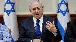 Israeli Prime Minister Benjamin Netanyahu attends the weekly cabinet meeting at his office in Jerusalem November 12, 2017.