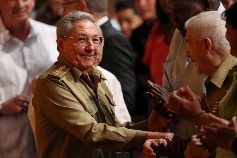 Castro meets North Korea minister amid hope Cuba can defuse tensions