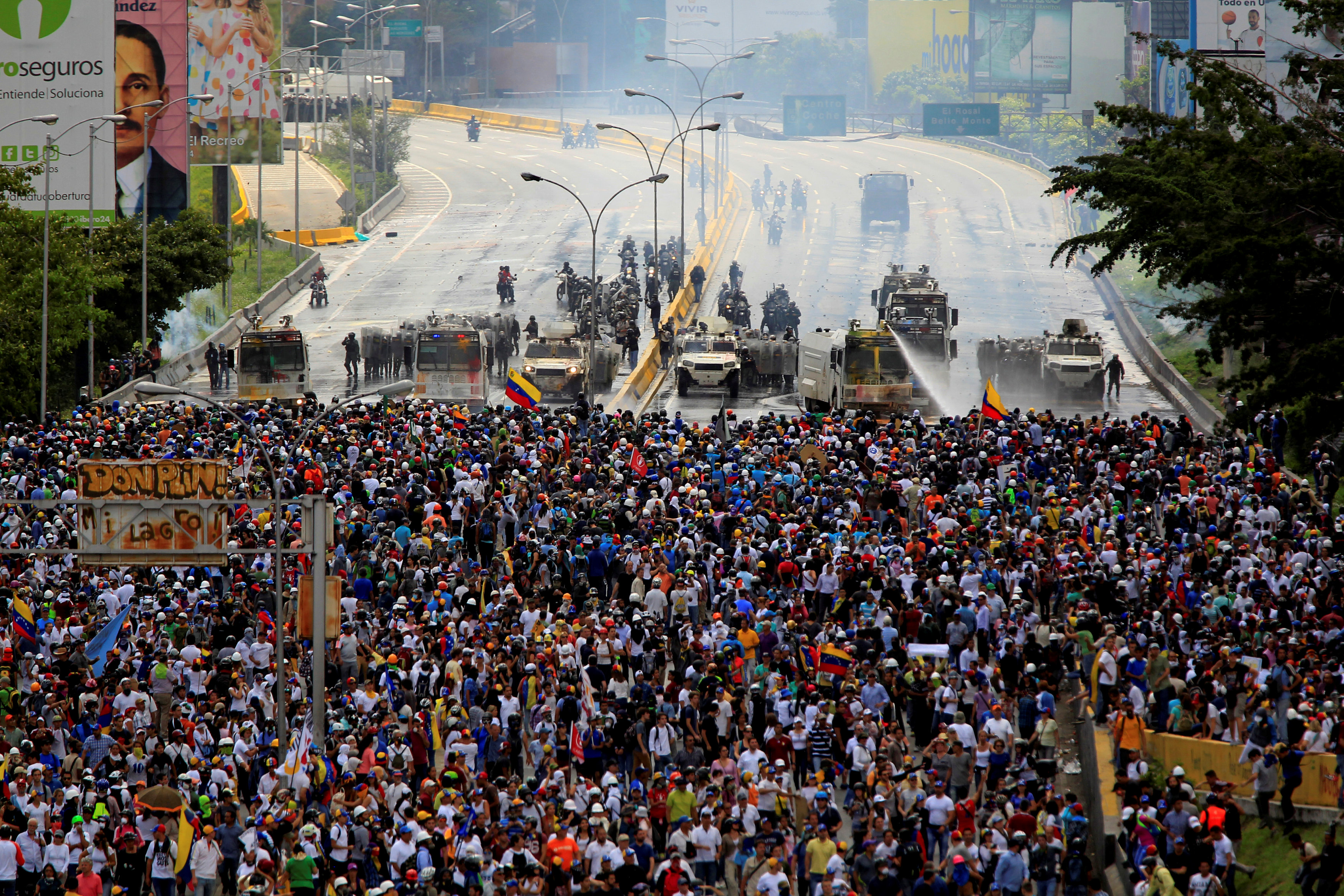 Venezuela systematically abused foes in 2017 protests: rights groups