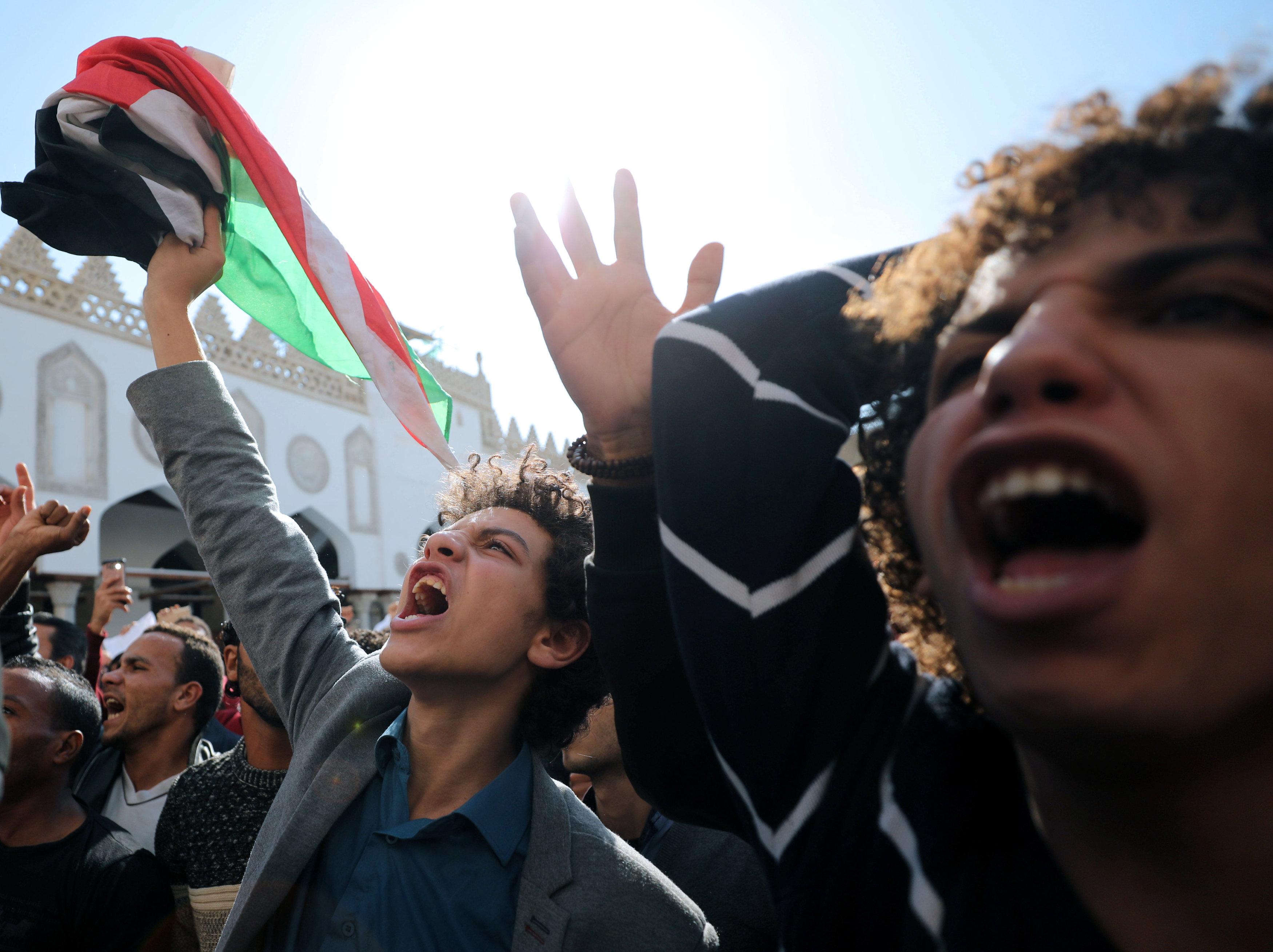 Two dead in 'Day of Rage' over Jerusalem, Palestinian president defiant