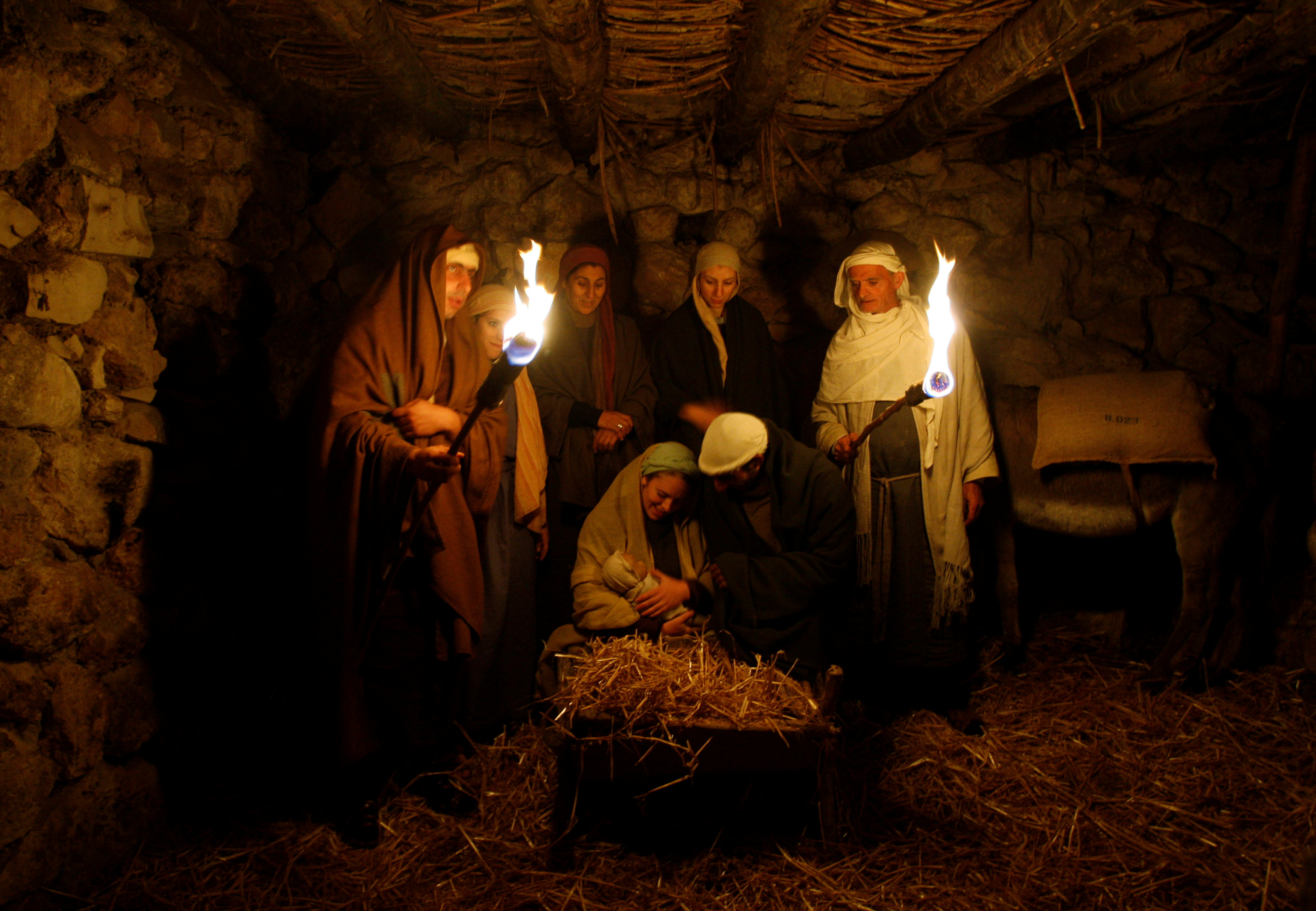Israeli Arabs perform a nativity scene for tourists in the northern town of Nazareth December 22, 2008.