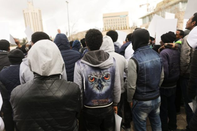 African migrants protest outside Israel's Supreme Court in Jerusalem January 26, 2017.