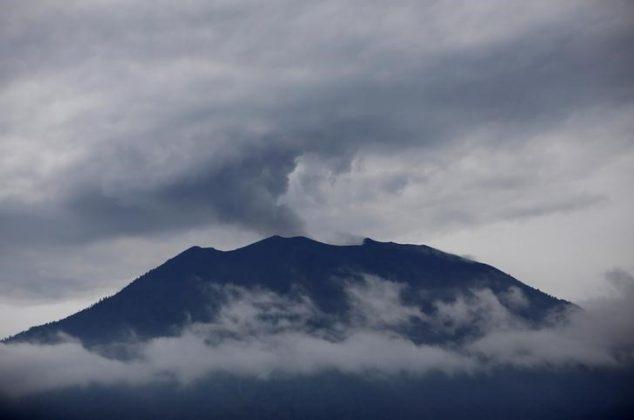Mount Agung volcano erupts as seen from Kubu, Karangasem Regency, Bali, Indonesia, December 1, 2017.