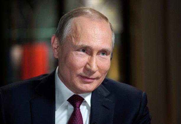 FILE PHOTO: Russian President Vladimir Putin attends an interview with NBC's journalist Megyn Kelly in Kaliningrad, Russia March 2, 2018. Picture taken March 2, 2018. Sputnik/Alexei Druzhinin/Kremlin via REUTERS