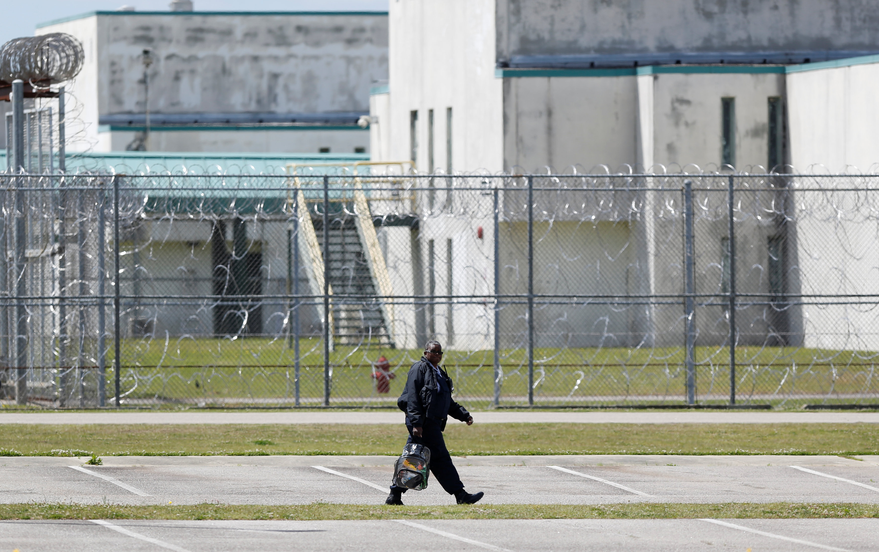 A guard leaves the Lee Correctional Institution in Bishopville, Lee County, South Carolina, U.S., April 16, 2018. REUTERS/Randall Hill