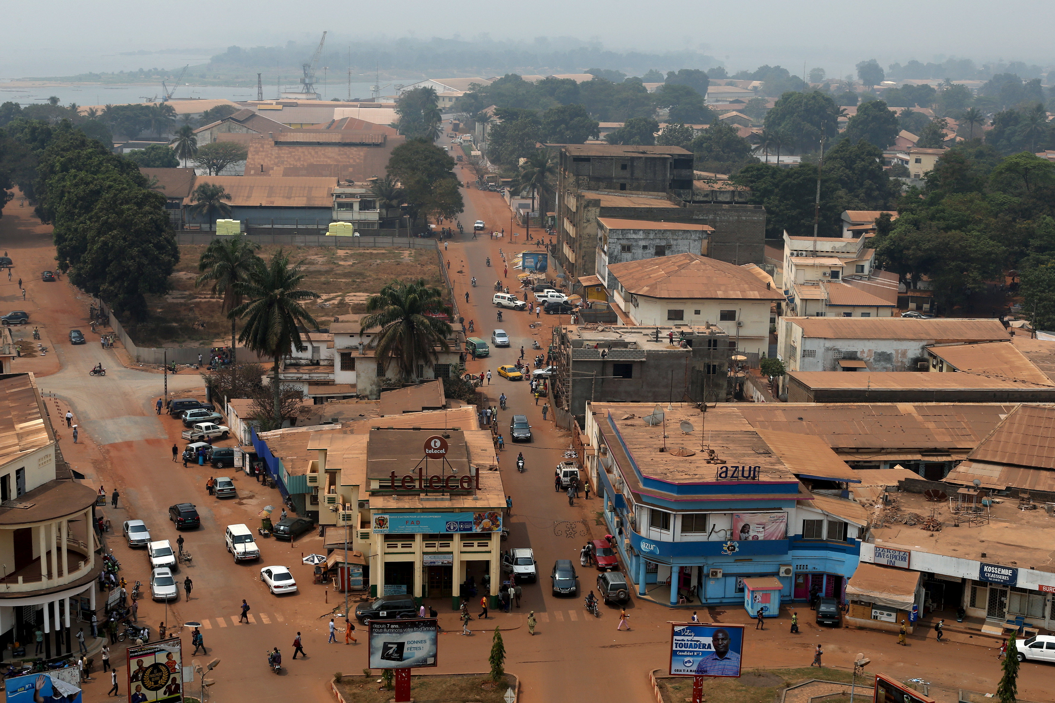FILE PHOTO: A general view shows part of the capital Bangui, Central African Republic, February 16, 2016. REUTERS/Siegfried Modola/File Photo