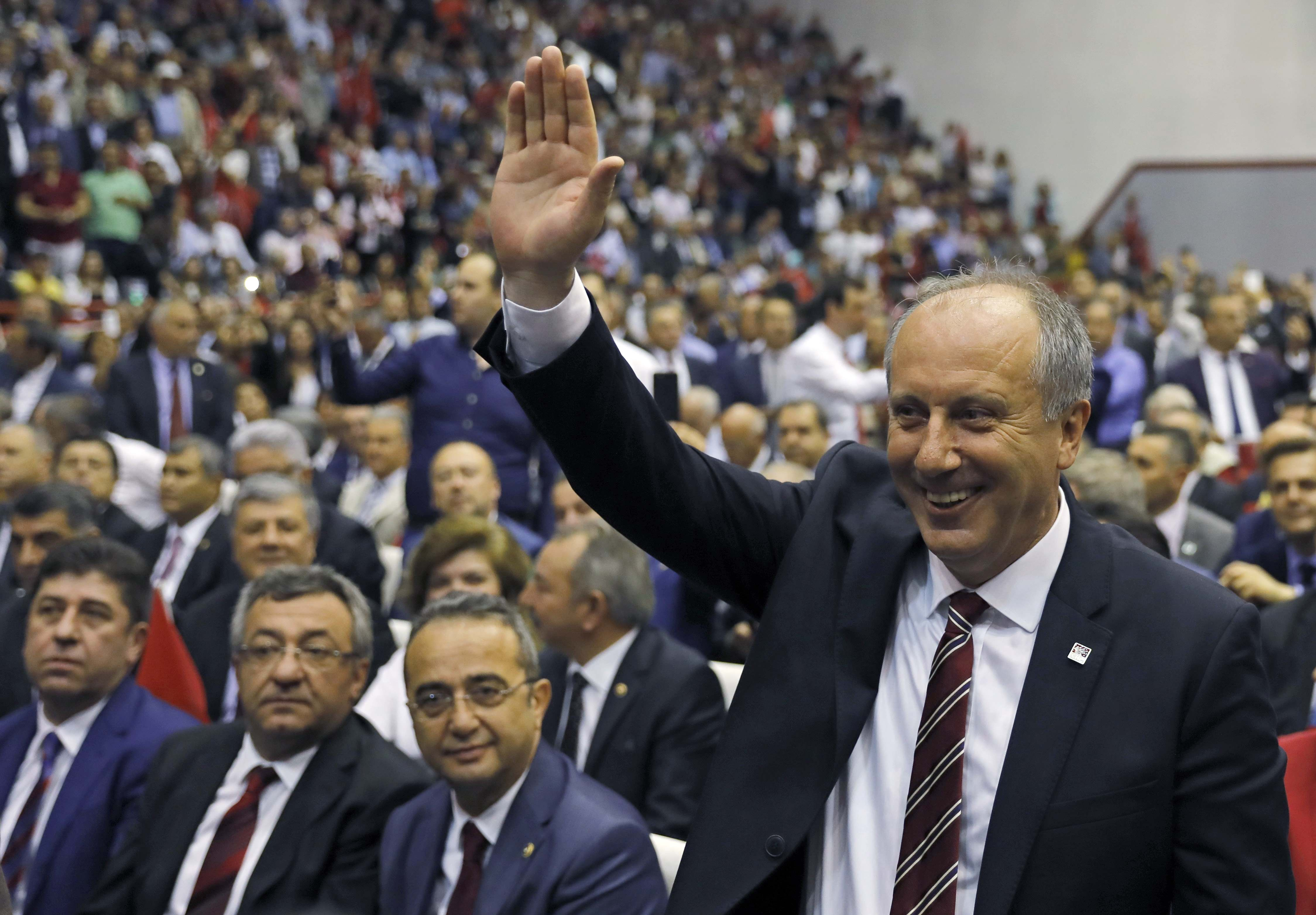 Muharrem Ince, Turkey's main opposition Republican People's Party (CHP) candidate for the upcoming snap presidential election, greets his supporters at a party gathering in Ankara, Turkey, May 4, 2018. REUTERS/Umit Bektas