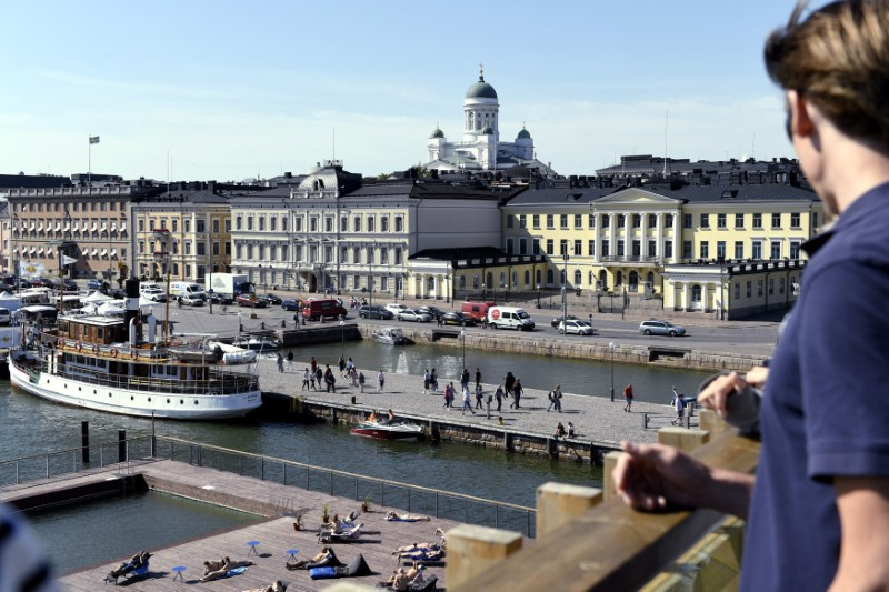 The Market Square and the Presidential palace pictured in Helsinki, Finland on June 28, 2018. U.S. President Donald Trump and Russian President Vladimir Putin are to meet in Helsinki, the capital of Finland on July 16, 2018. LEHTIKUVA / Onni Ojala/via REUTERS