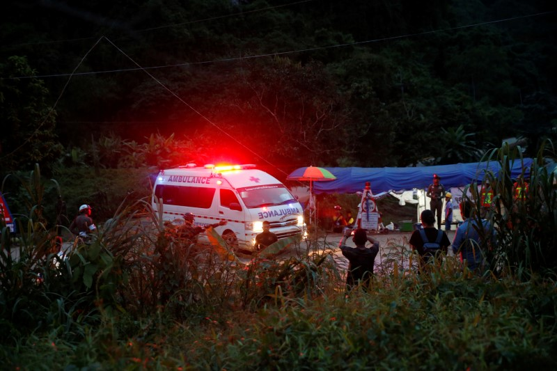 An ambulance leaves from Tham Luang cave complex in the northern province of Chiang Rai, July 9, 2018. REUTERS/Soe Zeya Tun
