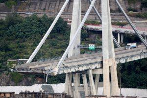 The collapsed Morandi Bridge is seen in the Italian port city of Genoa, Italy. REUTERS/Stefano Rellandini
