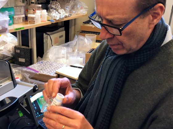 FILE PHOTO: Professor Alexander Van Geen, Research Professor of Geochemistry at Columbia University, tests lead samples from Fort Benning, Georgia at the Lamont-Doherty Earth Observatory in Palisades, New York, U.S. March 29, 2018. REUTERS/Mike Wood/File Photo