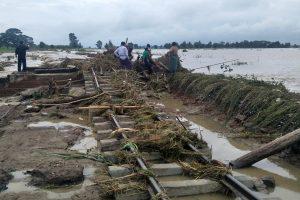 Railways are seen under water after the spillway of an irrigation dam burst at Swar creek in Swar township, Myanmar, August 30, 2018. REUTERS/Ko Lwin