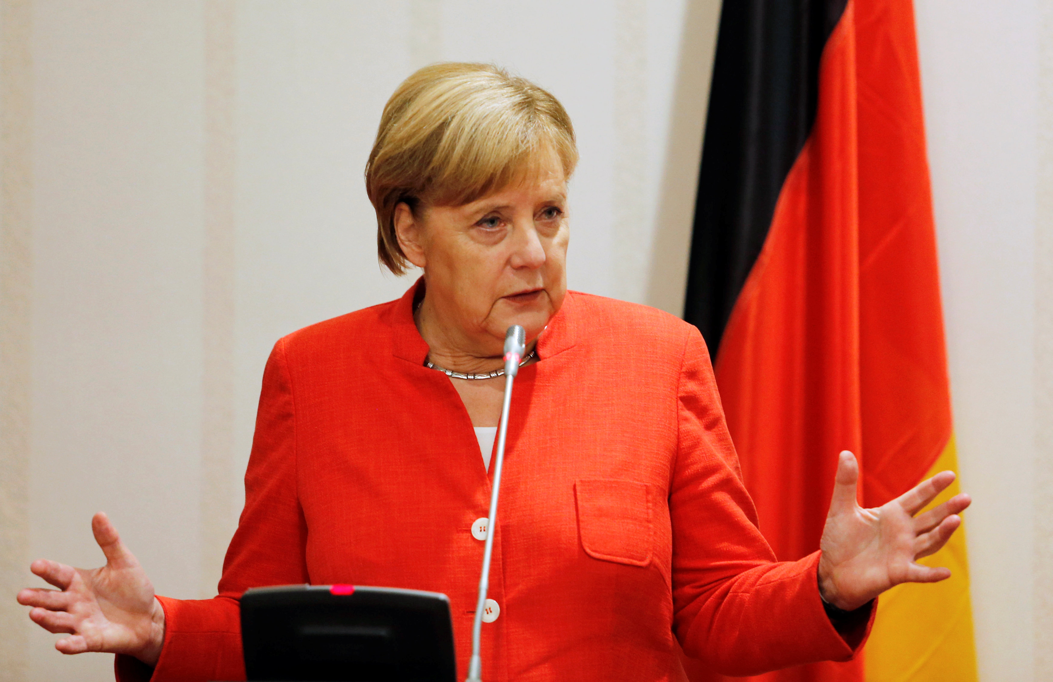 German Chancellor Angela Merkel addresses a news conference at the presidential villa in Abuja, Nigeria, August 31, 2018. REUTERS/Afolabi Sotunde