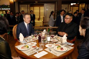 South Korean President Moon Jae-in, first lady Kim Jung-sook, North Korean leader Kim Jong Un and his wife Ri Sol Ju visit Taedong River Seafood Restaurant in Pyongyang, North Korea, September 19, 2018. Pyeongyang Press Corps/Pool via REUTERS