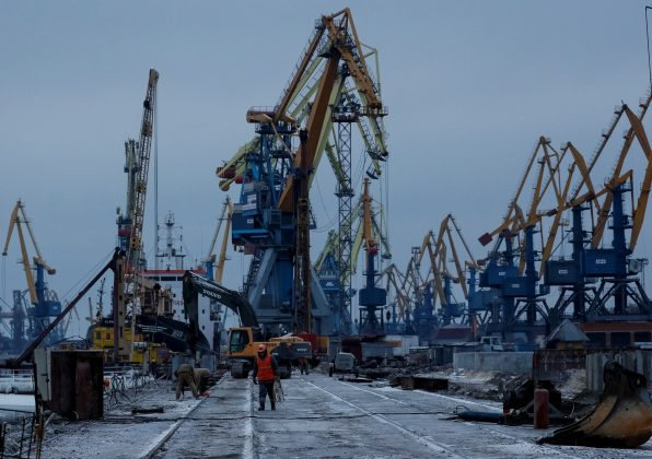 FILE PHOTO: Cranes are seen in the Azov Sea port of Mariupol, Ukraine December 2, 2018. REUTERS/Gleb Garanich/File Photo
